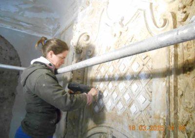 Freilegung einer barocken Innenstuckgestaltung - Bandelwerk