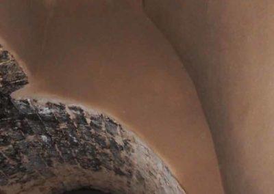 Rekonstruktion einer mittelalterlichen schwarzen Küche - gezogener Kaminabzug